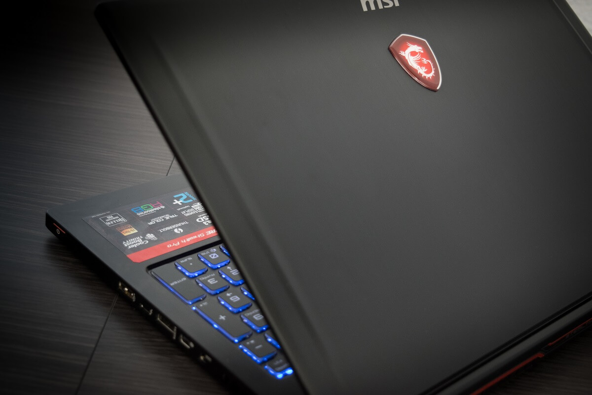 MSI GS63 7RE-095XES Stealth Pro