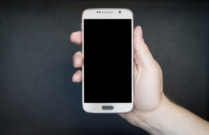 Los 3 mejores smartphone para personas mayores