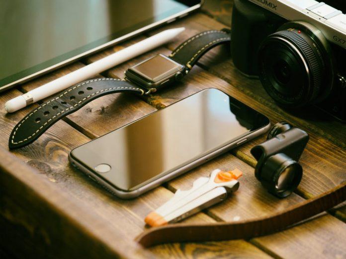 accesorios esenciales para smartphones